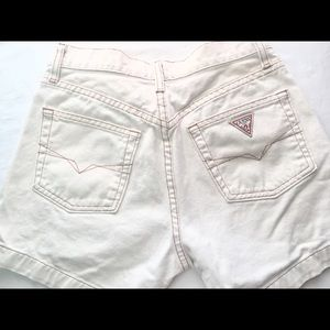 Vintage GUESS JEANS U.S.A. Off White Shorts